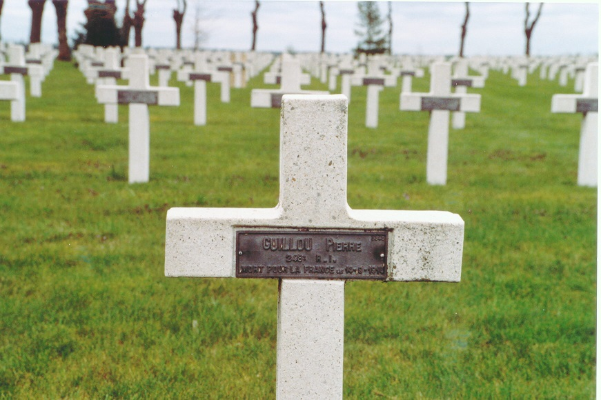 GUILLOU PIERRE.jpg
